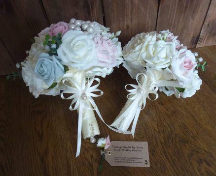 Satin bouquet handle