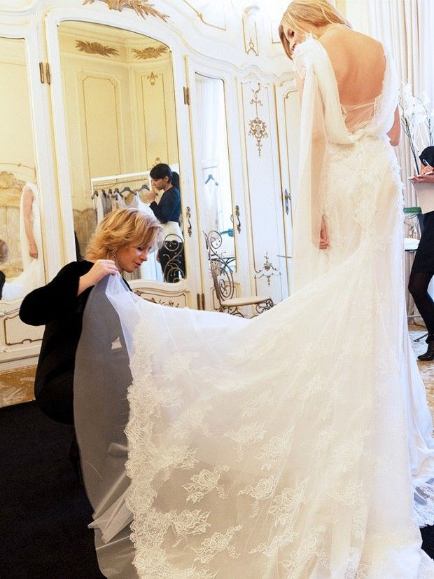 How To Keep Cool When Wedding Dress Shopping Bridal By Anna Artificial Wedding Flowers