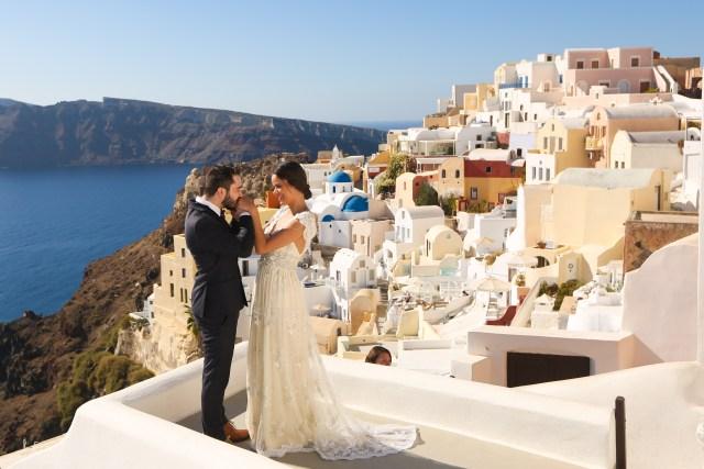 getting married in Santorini make happy memories