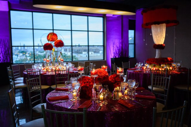 red roses weddng centerpiece