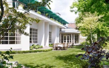 The Roof Gardens-A Chic & Unique London Wedding Venue