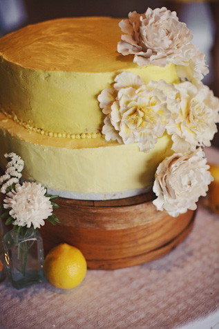 rustic yellow wedding cake fresh flowers | ben blood photography