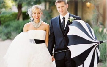 Chic Ways To Incorporate Black & White Stripes Into Your Wedding {Part 1}