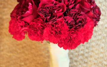 red wedding bouquet   christa elyce photography