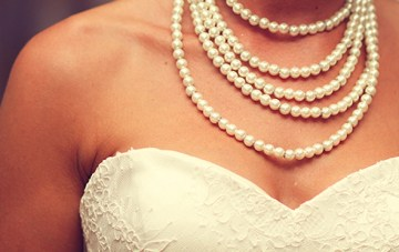 pearl necklace strands wedding jewellery | esther louise photography