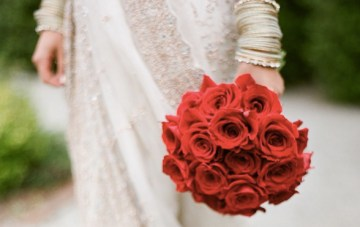 Red, White & Pale Gold Indian Wedding Inspiration