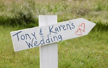ceremony signage | funky photographers