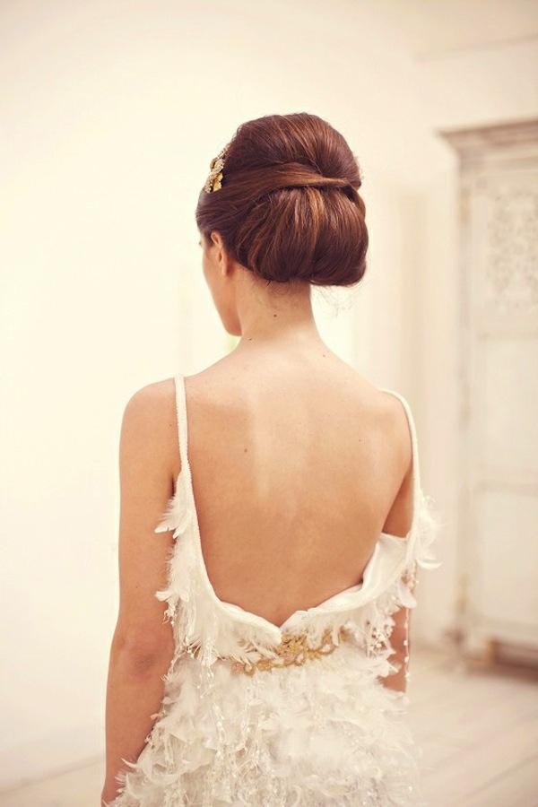 Wedding Hair Inspiration Amp Tutorials The Classic Chignon