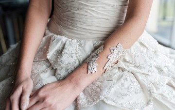 Beautiful Baroque Bridal Shoot | Linen and Silk Weddings | Fiona Kelly Photography | Bridal Musings Wedding Blog 12