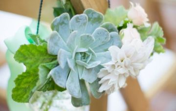 Ultimate Inspiration Guide for Succulents at your Wedding | Bridal Musings Wedding Blog 0