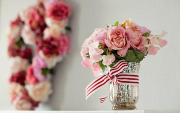 Heart Shaped Florals & Sweet Treats: Behind the Scenes At A Bridal Musings Styled Shoot