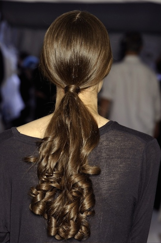 Brides with Pony Tails | Pony Tail Wedding Hair | Bridal Musings Wedding Blog14