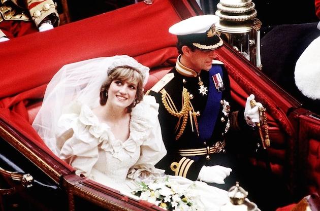 899cc8aee9b2b A 1980s Wedding Vs. Modern Day Nuptials