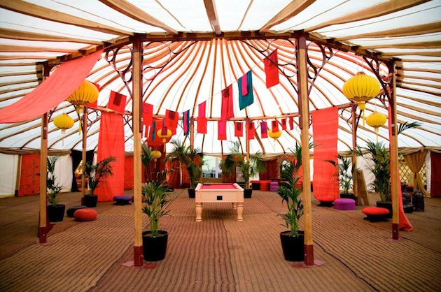 Ultimate Guide To Wedding Tents, Marquees, Yurts, Tipis   Bridal Musings Wedding Blog 13