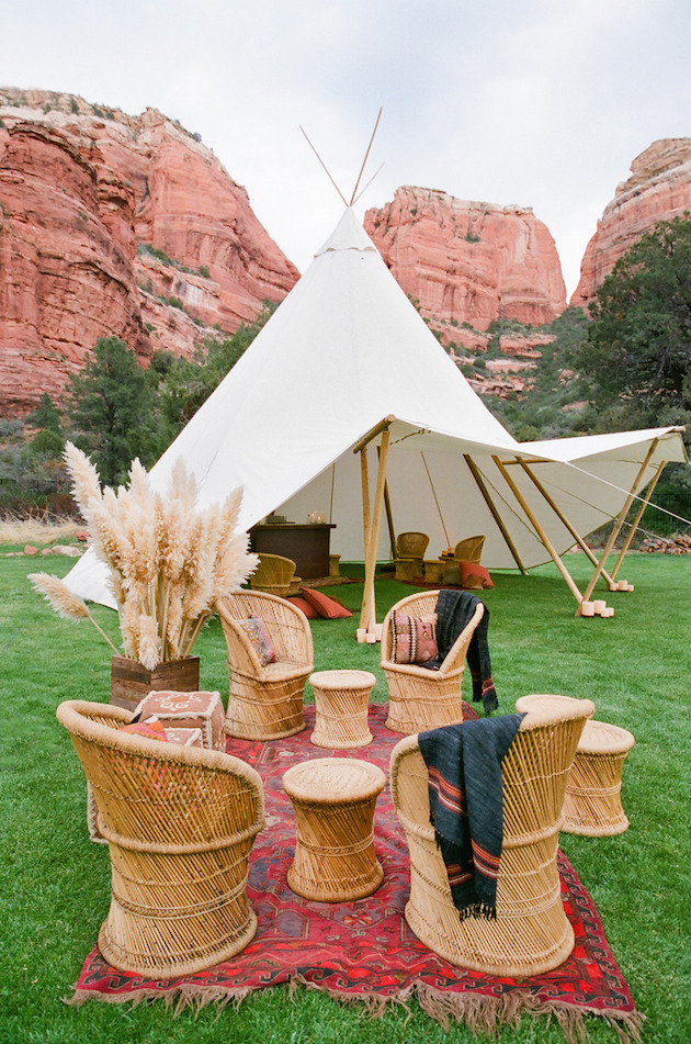 Ultimate Guide To Wedding Tents, Marquees, Yurts, Tipis   Bridal Musings Wedding Blog 18