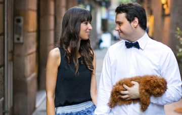 Barcelona Engagement Shoot with an Adorable Fluffy Dog