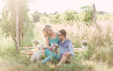 Super Chic Champagne Picnic Engagement Shoot