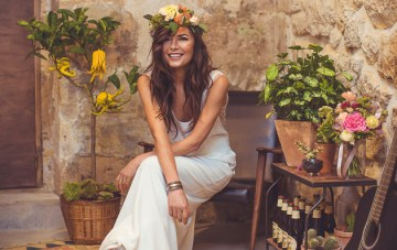 Parisian Chic Meets Southwest Boho; Folk Wedding Inspiration Shoot