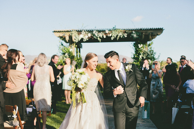 Lavender, Blue And Green; An Ombre Wedding On A Winery