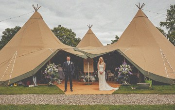 English Secret Garden Wedding (With a Tipi!)