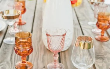 Trend Alert: Using Colourful Glassware for Your Wedding