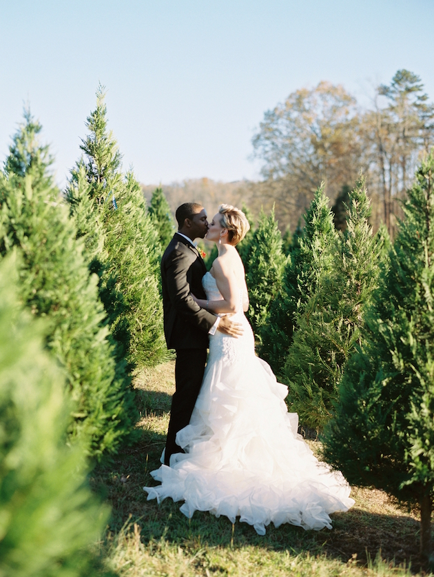 2f7346724c7 Utterly Gorgeous Christmas Wedding Inspiration