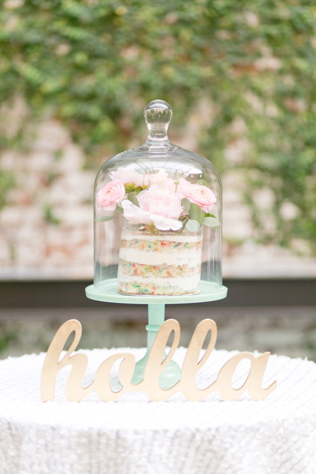 Trend Alert: 25 Gorgeous Ideas for Single Tier Wedding Cakes