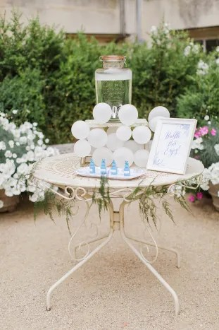 Gorgeous China Blue Wedding | Sarah Gawler | Knot & Pop | Bridal Musings Wedding Blog 29