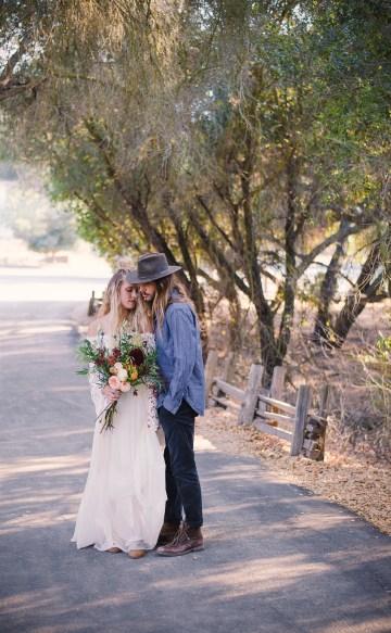 bohemian-wedding-inspiration-by-natalia-risheq-and-love-landis-13
