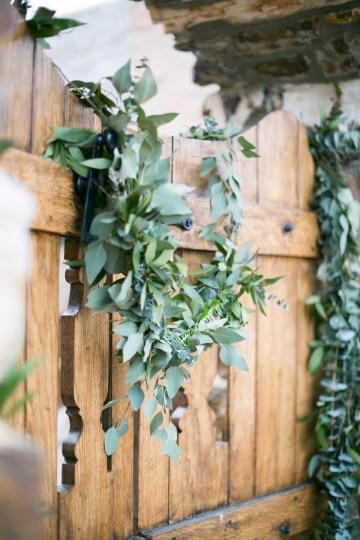 winter-wedding-inspiration-by-amy-caroline-photography-31
