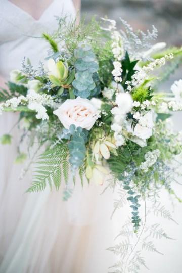 winter-wedding-inspiration-by-amy-caroline-photography-33