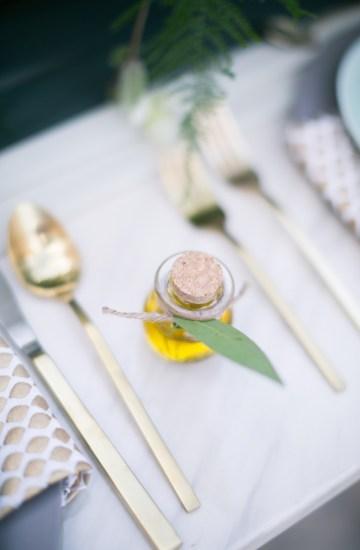 winter-wedding-inspiration-by-amy-caroline-photography-4