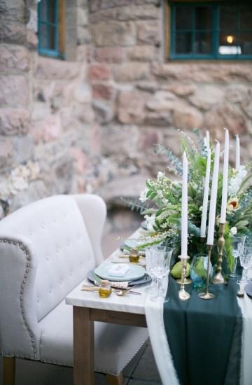 winter-wedding-inspiration-by-amy-caroline-photography-8