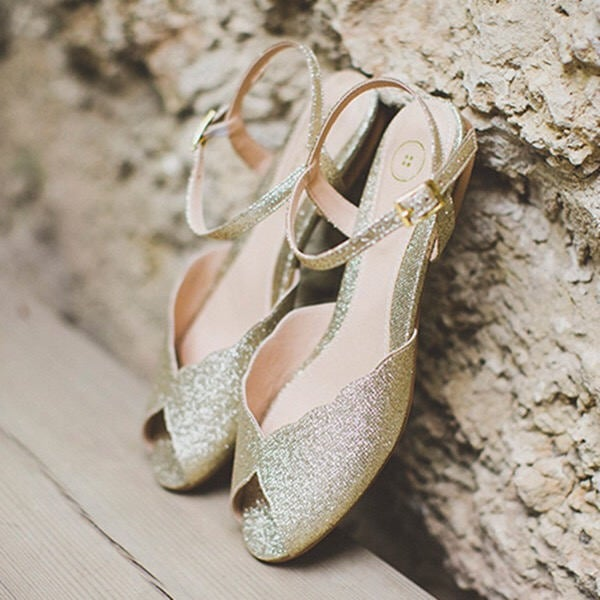 20 Flat Wedding Shoes That Are Just As Chic As Heels,Different Styles Of Wedding Dresses