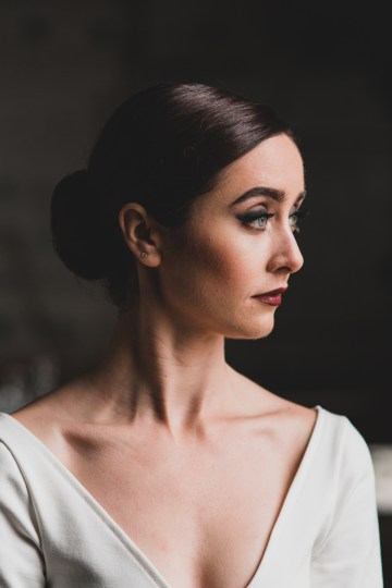 Moody & Modern Warehouse Wedding Inspiration by Jonathan Kuhn Photography 4