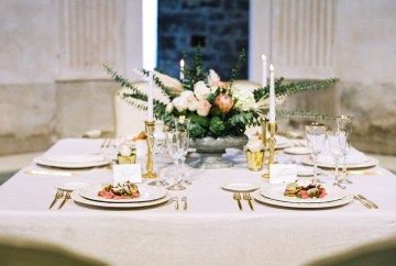 Romantic Valentine's Wedding Inspiration by En Route Photography 16