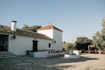Spanish Destination Wedding by Sttilo Photography and Open the Door Events 7