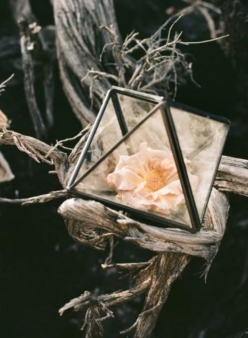 Volcanic Wedding Inspiration by Miesh Photography 15