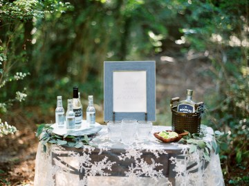 Woodland Wedding Inspiration by Molly Lichten Photography and Jamie Leigh Events 16