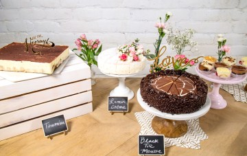 How To Create a DIY Bridal Shower Dessert Bar