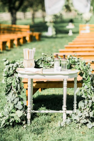 Romantic Floral Wedding by Hay Alexandra and Geomyra Lewis Wedding and Events 10