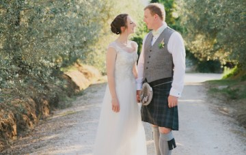 Romantic Destination Wedding in Tuscany with Kilts and Bagpipes