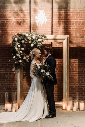 Moody Winter Wedding Inspiration by Kelcy Leigh Photography 16