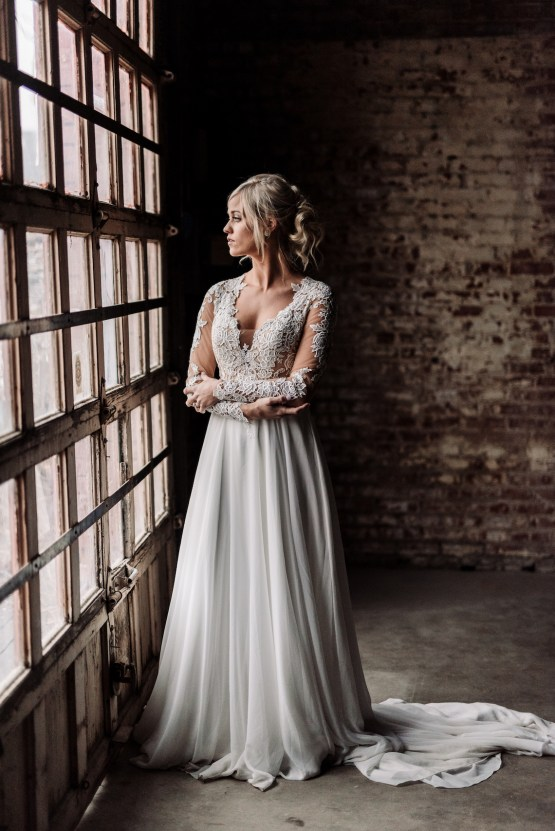 Moody Winter Wedding Inspiration by Kelcy Leigh Photography 20