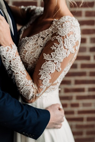 Moody Winter Wedding Inspiration by Kelcy Leigh Photography 35