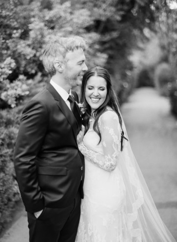 Palm Springs Wedding by Amy and Stuart Photography and Oui Events 16