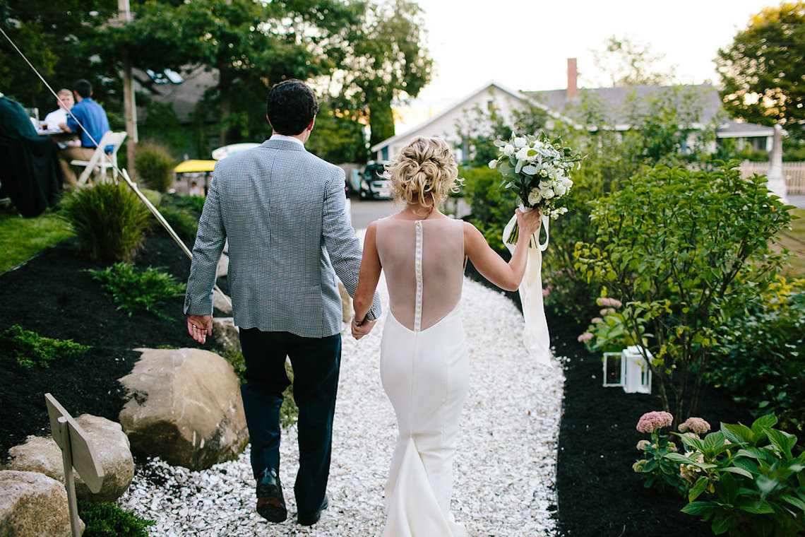 Backyard Wedding How To your essential guide to planning a backyard wedding at home
