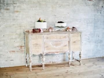 Pretty Warehouse Wedding Inspiration by Natashia Nicole Photography 32