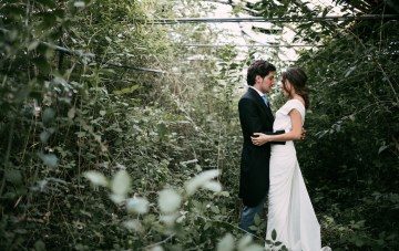 Cool Spanish Wedding with Lots of Gorgeous Greenery