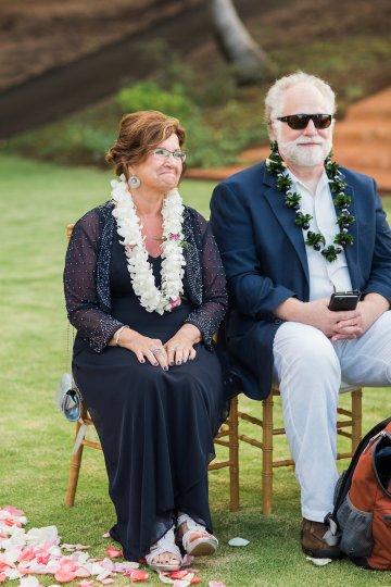Hawaii Elopement by Modern Elopement and Sea Light Studios 25
